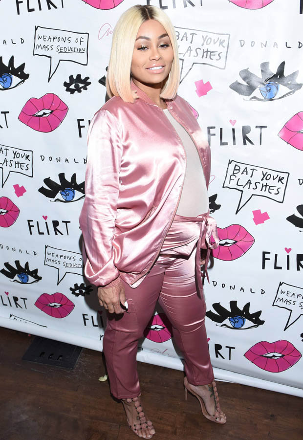 pregnant-blac-chyna-wears-pinks-silk-tracksuit-683723